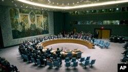 유엔 안보리가 27일 전체회의를 열고 시리아 화학무기 폐기 결의안을 만장일치로 채택했다.