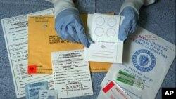 Una prueba de ADN liberó de culpa a Lewis Fogle, condenado por la violación y asesianto de una adolescente.