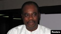 Premier ministre togolais ya kala Edem Kodjo, facilitateur ya dialogue congolais apanamaki na Union africaine, 8 juin 2005.