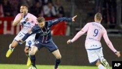 David Beckham (C) Paris St-Germain. Ligue 1 .Annecy April 28, 2013.