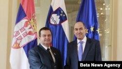 Premijer Srbije Ivica Dačić i njegov domaćin, premijer Slovenije, Janez Janša, Ljubljana, 14. novembar 2012.