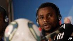 Pamphile Mohayo, le nouvel entraîneur titulaire du TP Mazembe, 13 décembre 2010.