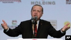 Turkey EU: Turkey's President Recep Tayyip Erdogan addresses a business meeting in Istanbul, Wednesday, Nov. 9, 2016.