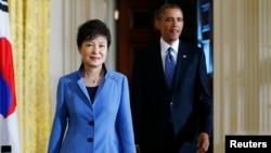 امریکی صدر اوباما اور جنوبی کوریا کی صدر پارک