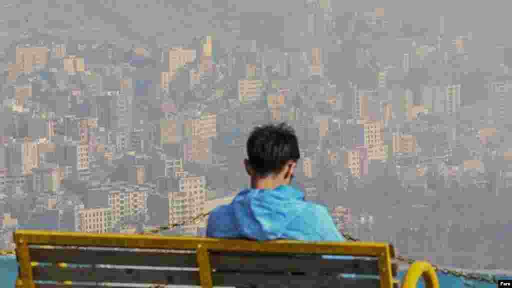 باز پائیز و باز آلودگی هوای تهران. عکس: جواد هادی