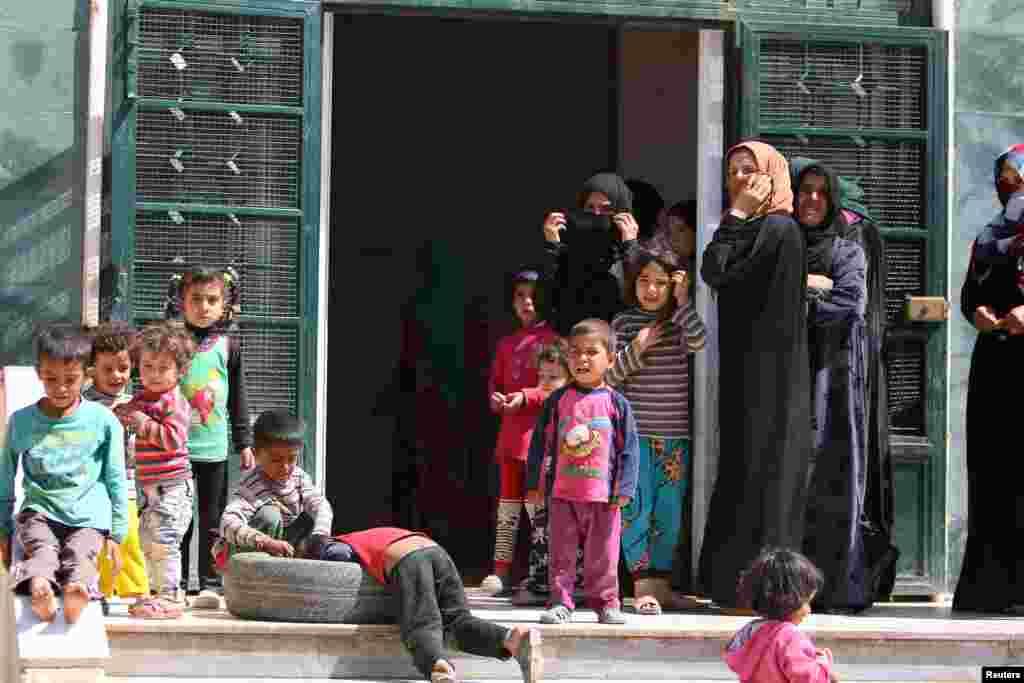 اپنی ایک تازہ رپورٹ میں یونیسف کا کہنا تھا کہ دنیا میں پر تشدد واقعات کے باعث تقریباً دو کروڑ 80 لاکھ بچوں کو نقل مکانی کرنا پڑی۔