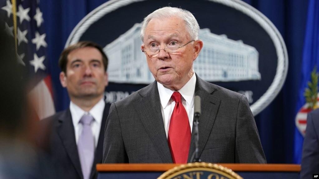 Shkarkohet Prokurori i Përgjithshëm, Jeff Sessions