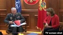 General Knud Bartels sa ministarkom odbrane CG, Milicom Pejanović Đurišić, Podgorica, 27. oktobar 2014.