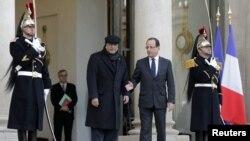 پیرس میں فرانس اور پاکستان کے صدور کی ملاقات