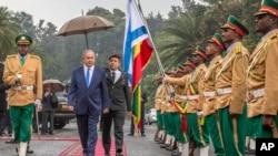 نتانیاهو روز پنجشنبه در توییتر گفت روابط اسرائيل با اتیوپی قویتر می شود.