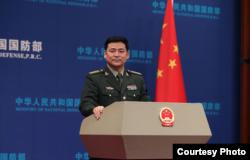 Juru Bicara Kementerian Pertahanan China, Ren Guoqiang.