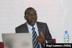 Hervé Akinocho, directeur exécutif du CROP, à Lomé, le 22 avril 2018. (VOA/Kayi Lawson)