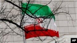 بیرق ملی ایران در سفارت آنکشور درشهر برلین آلمان