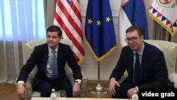 Arhiva - Pomoćnikom američkog državnog sekretara za Evropu i Evroaziju Ves Mičel i predsednik Srbije Aleksandar Vučić, tokom sastanka u Beogradu, 14. marta 2018. (Inforbiro, video grab)