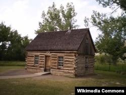 Theodore Roosevelt's Maltese Cross Cabin
