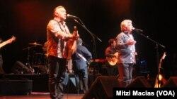 Los Gipsy Kings conquistaron al público con su música flamenca.