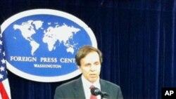 លោក ម៉ៃខល ផស្តន័រ (Michael Postner) ឧបការីរដ្ឋមន្រ្តីការបរទេសសហរដ្ឋអាមេរិក ទទួលបន្ទុកការិយាល័យប្រជាធិបតេយ្យ សិទ្ធិមនុស្សនិងពលកម្ម ថ្លែងនៅក្នុងឱកាសចេញផ្សាយរបាយការណ៍សិទ្ធិមនុស្សឆ្នាំ២០១០ (2010 Country Reports on Human Rights Practices