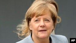 Thủ tướng Đức Angela Merkel tiếp tục đứng đầu danh sách '100 Phụ nữ Quyền lực Nhất Thế giới' cho năm thứ bảy liên tiếp và 12 lần tổng cộng.