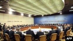 گرد همایی وزیران امور خارجه ناتو در بروکسل برای بحث درباره افغانستان