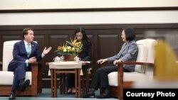 美國國會眾議院外交委員會主席羅伊斯最近訪問台灣(照片來源:台灣總統府)
