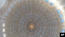 芝加哥北部巴哈伊庙宇的圆顶