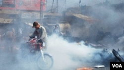 Lokasi pemboman bunuh diri di kota Quetta, Pakistan hari ini, 3 September 2010.