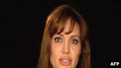 Anxhelina Zholi regjisore në një film me temën e luftës në Bosnje