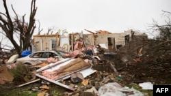 미국뉴스 헤드라인: 미국 자연재해로 수십 명 사망