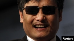 Vị luật sư tự học, khiếm thị 40 tuổi Trần Quang Thành cho biết ông dự định sẽ tiếp tục hoạt động vì quyền lợi của người khuyết tật