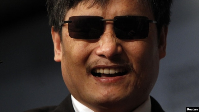 Activist and advocate Chen Guangcheng smiles at the Council on Foreign Relations in New York, May 31, 2012.