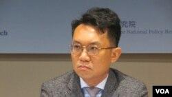 中华亚太精英交流协会秘书长王智盛(美国之音张永泰拍摄)