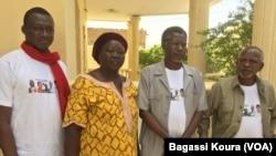 Tchad : Les quatre leaders de la société civile ( de gauche: Nadjo Kaïna, Narmadji Céline, Mahamat Nour Ibedou et Younouss Mahadjir) condamnés ce matin à quatre mois avec sursis. Leur avocat compte interjeter appel. VOA/Bagassi Koura