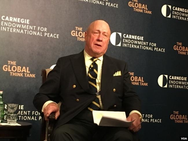 卡内基和平基金会研究副总裁包道格 (美国之音钟辰芳)