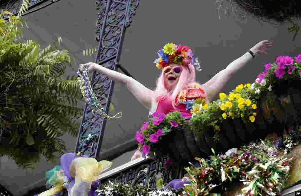 Главные события Марди Гра происходят на улице Бурбон-Стрит во Французском квартале Нового Орлеана