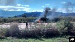 9일 헬리콥터 사고가 발생한 아르헨티나 라 리오자 주 서부 지역에서 연기가 나고 있다.