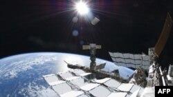 NASA dërgon dy anije për të bërë një hart graviteti të Hënës