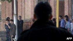 Взрывы в Махачкале: четверо погибли, 61 человек пострадал