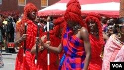 Baadhi ya waliohudhuria tamasha la 12 la maonyesho ya utamaduni wa Kenya nchini Marekani. Picha na BMJ Muriithi/VOA.