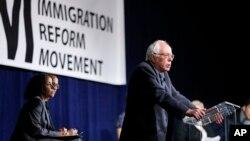Bernie Sanders asegura que desmantelará los programas de deportación y los centros privados de detención.