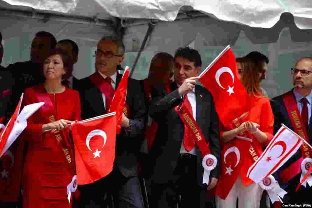 New York'ta Türk Günü Yürüyüşü (21 Mayıs 2016, Cumartesi)