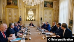 Prezident İlham Əliyevin prezident Serj Sarkisyanla görüşü