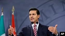 Le président mexicain Enrique Pena Nieto parle lors d'une conférence de presse à Copenhagen, le 14 avril 2016.