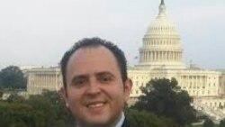 Israel Navarro dialoga sobre los emails de Hillary Clinton