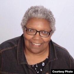 戴顿大学法学院荣誉退休教授韦尔内利亚•兰德尔(Vernellia R. Randall)
