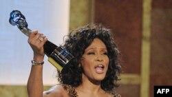 Bloq: Şöhrət Qurbanı Whitney Houston