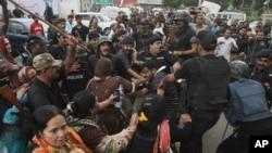 در درگیری روز گذشته در شهر کراچی پاکستان ۱ تن کشته و ۸ تن دیگر زخمی شدند