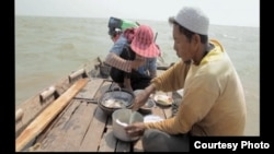 A scene from ' A River Changes Course' film.