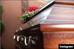 "Salah satu layanan pemakaman yang ditawarkan dalam apps ""Sendoff"" (IG/senoffapp)"