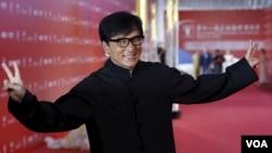 香港影星成龙在第18届上海国际电影节(资料照片)