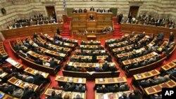 Συζήτηση για το νέο φορολογικό νομοσχέδιο.
